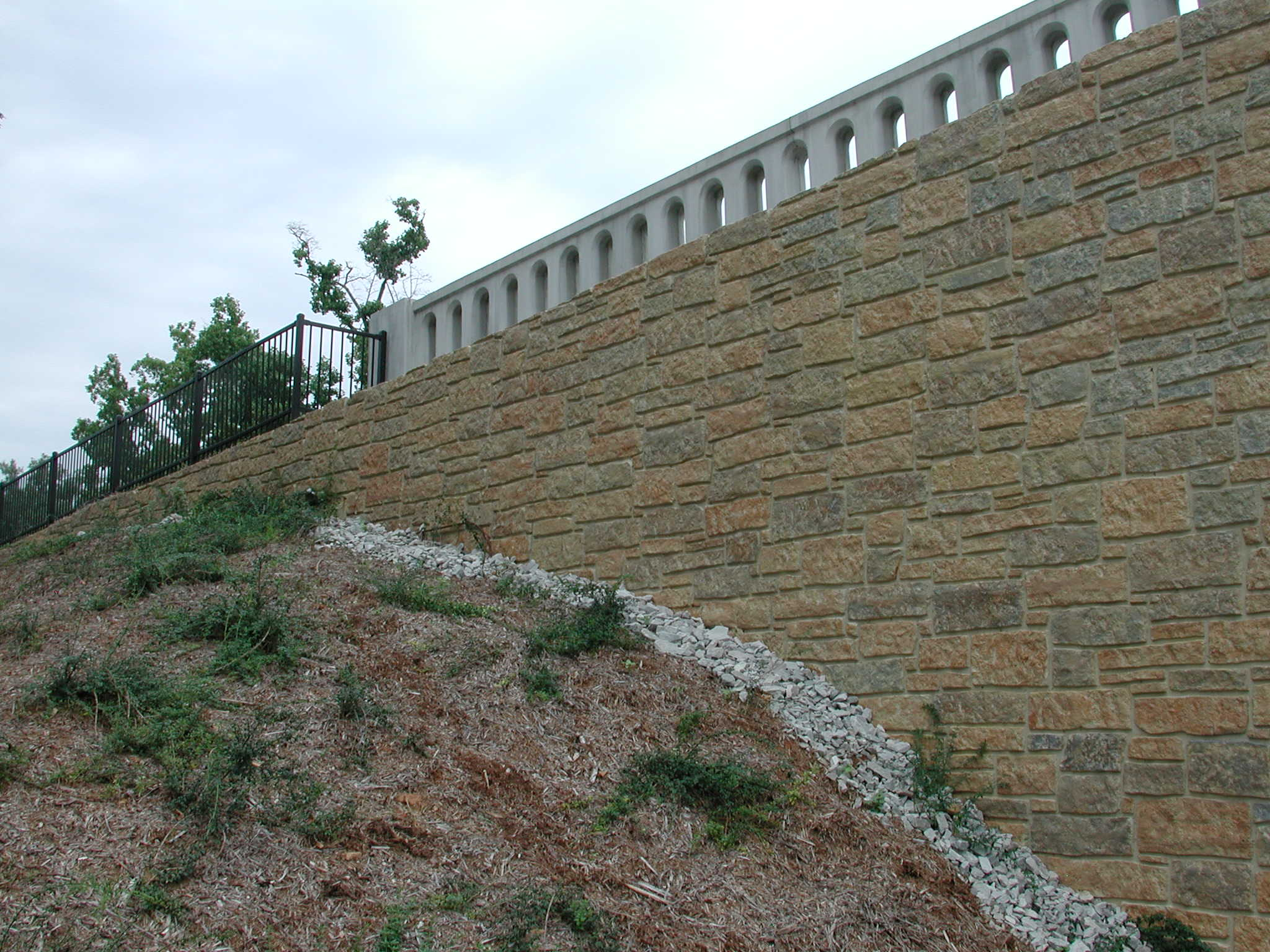 12005-bearpath-coursed-stone-formliner-hq-37