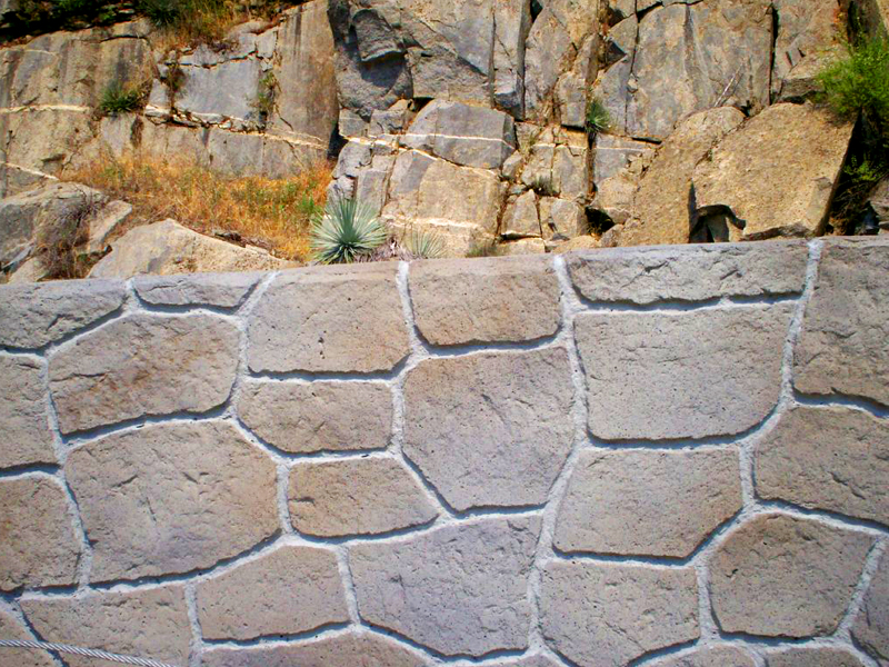 12022-fieldstone-barrier-rail-formliner-6